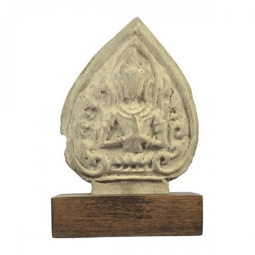 https://ethnicantiques.com/product/thai-devotional-tile/